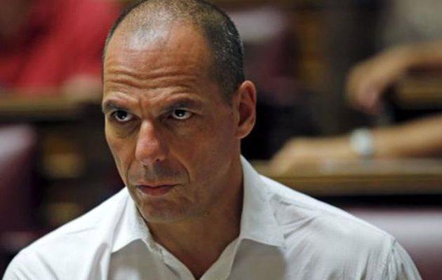 Σε υστερία ο Βαρουφάκης μόλις διάβασε το κείμενο αυτοκριτικής του ΣΥΡΙΖΑ – Τι απαντά