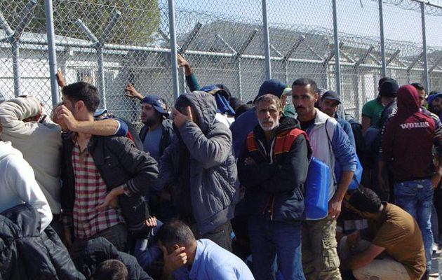 Διαψεύδει και το Βερολίνο τα περί μεταφοράς προσφύγων στην Κρήτη