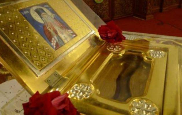 Θαύμα στην Κύπρο; – Θεραπεύτηκαν ασθενείς από τα λείψανα του Αγίου Λουκά