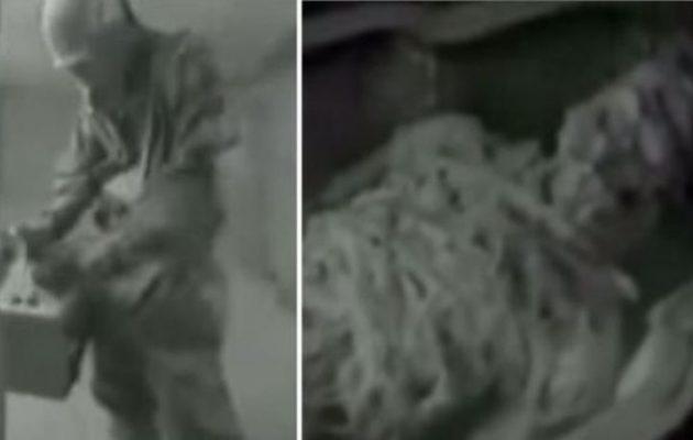 Βρήκαν οι Σοβιετικοί εξωγήινη μούμια το 1961 στη Γκίζα; Δείτε το βίντεο που διχάζει!