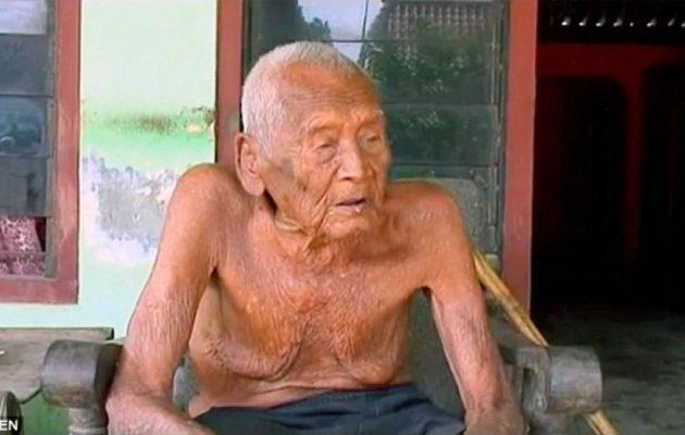 Ο γηραιότερος άνθρωπος στον κόσμο αποκαλύπτει το μυστικό της μακροζωίας