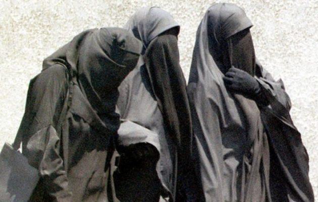 Το Ισλαμικό Κράτος πήρε πίσω τρεις Γαλλίδες που ελευθέρωσε η εισβολή Ερντογάν στη Συρία