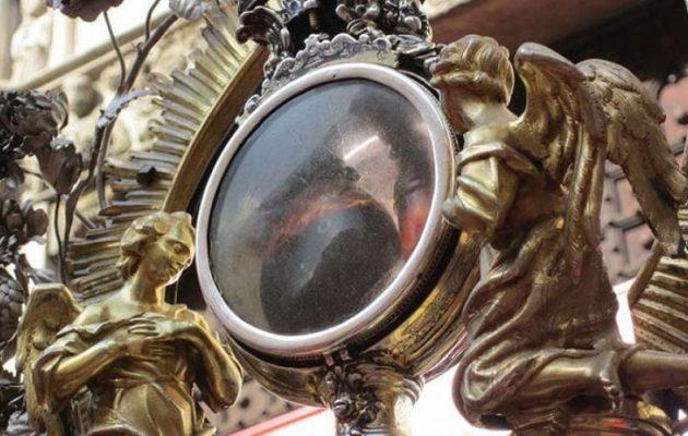 Νάπολι: Επαναλήφθηκε το «θαύμα του San Gennaro»