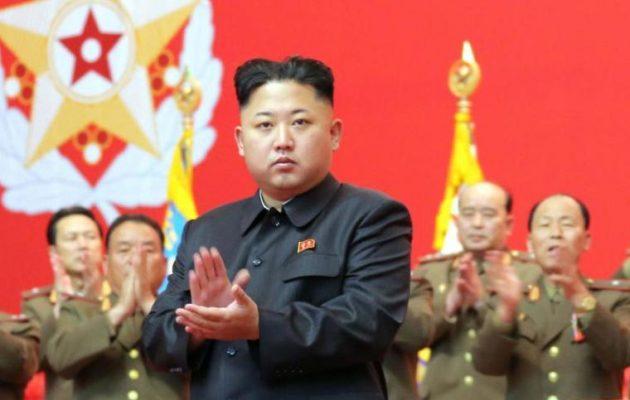 Βόρεια Κορέα: Εκτελέστηκε μπροστά στην οικογένειά του άνδρας που πωλούσε λαθραία μουσική και ταινίες