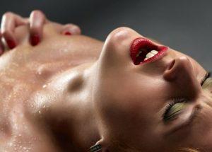 Ποιος είναι ο καλύτερος τρόπος για να έχετε πρωκτικό σεξ λεσβιακό σεξ στο γραφείο πορνό