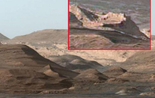 Φωτογραφία της NASA δείχνει μια πόλη με τείχη χτισμένη στον Άρη; (φωτο)