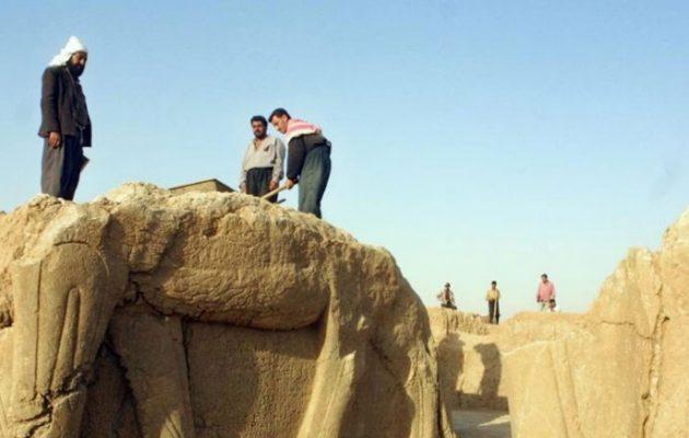 Το Ισλαμικό Κράτος λεηλάτησε 100 αρχαίους ασσυριακούς τάφους