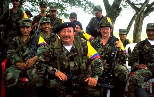 Χαιρετίζουν την παράταση της εκεχειρίας στην Κολομβία οι FARC