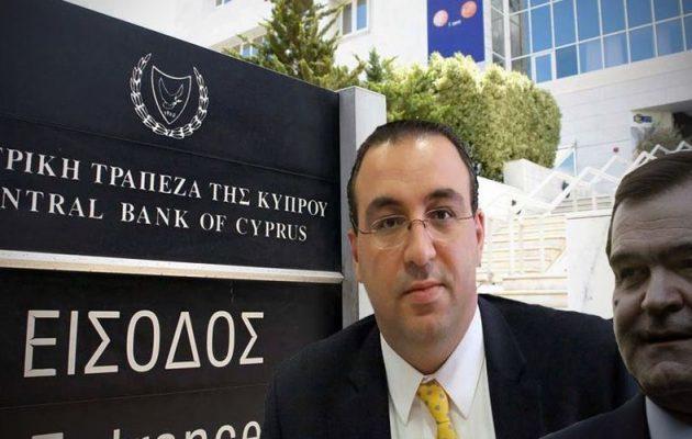 Συνέλαβαν το δεξί χέρι του Βγενόπουλου για χρηματισμό τραπεζίτη