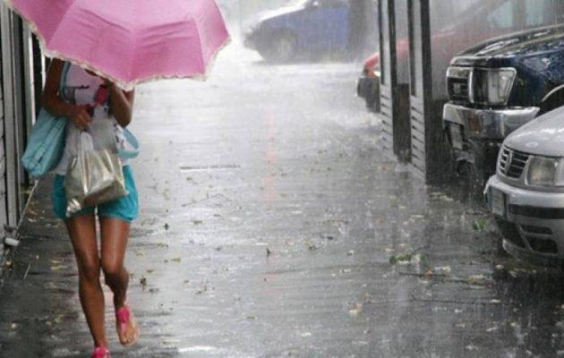 Έρχονται βροχές και καταιγίδες – Χάσαμε το καλοκαίρι;
