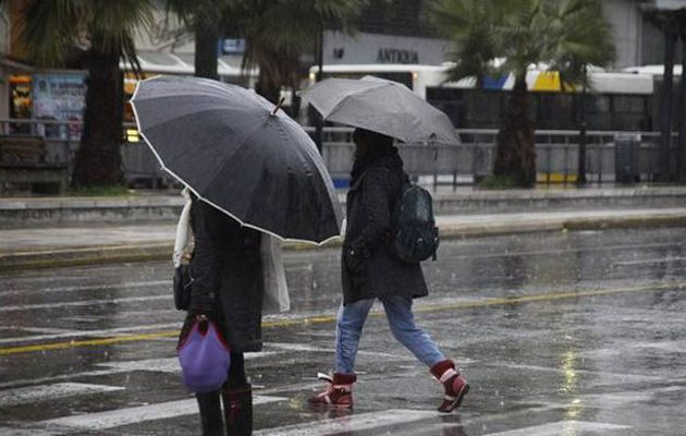 Αλλαγή σκηνικού στον καιρό: Βροχές και καταιγίδες από τη Δευτέρα