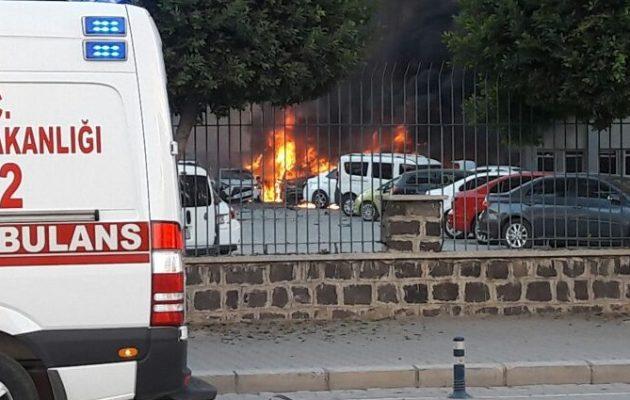 Δύο νεκροί και 16 τραυματίες από την έκρηξη στα Άδανα της Τουρκίας