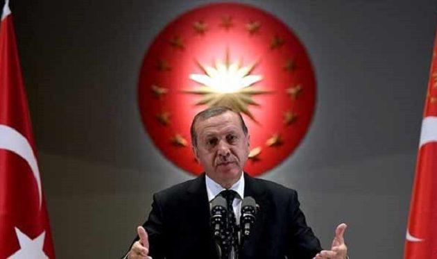 Ο Ερντογάν κάλεσε τους οπαδούς του να ριχτούν στη μάχη για να τον κάνουν σουλτάνο