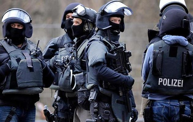 Συναγερμός στη Γερμανία: Ένοπλος εισέβαλε σε σχολείο στο Ντόρτμουντ