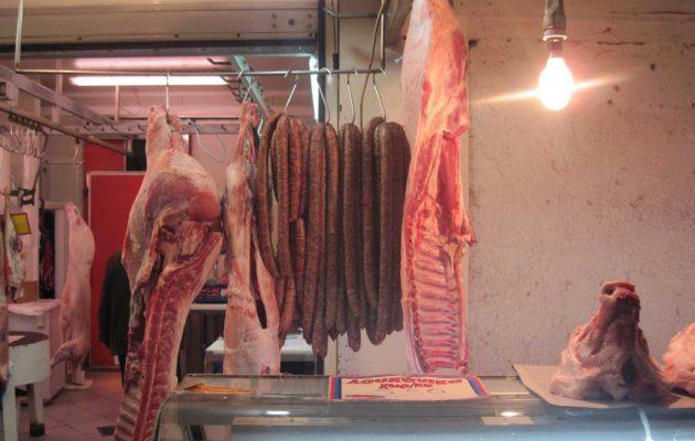 Τι απαντά η Ομοσπονδία Κρεοπωλών για το εάν υπάρχει επάρκεια κρέατος