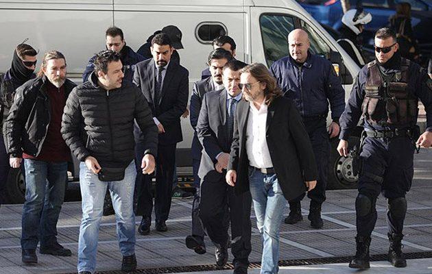 Ξανά σε δίκη οι 8 Τούρκοι αξιωματικοί για την έκδοση τους ή μη στην Τουρκία