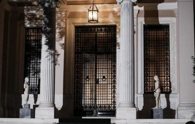 «Η Ν.Δ. προσπαθεί απεγνωσμένα να σώσει στελέχη της που κατηγορούνται για δωροδοκία»