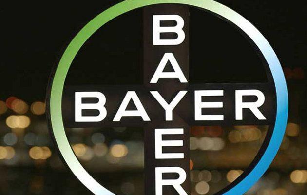 Η Bayer -ιδιοκτήτρια της Monsanto- λέει ότι η γλυφοσάτη «δεν είναι καρκινογόνα»