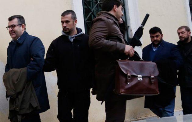 Ποινή φυλάκισης 23 μηνών με αναστολή στον Κουρτάκη – Αθώος ο Τζένος
