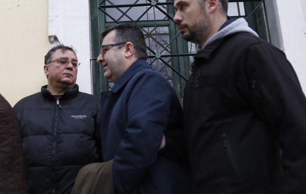 Προθεσμία για να απολογηθούν στις  13 Ιανουαρίου έλαβαν Τζένος και Κουρτάκης