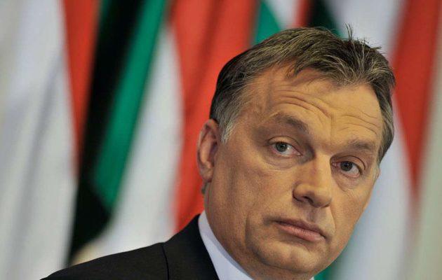 Στο στόχαστρο ο Όρμπαν γιατί γύρισε στη Βουδαπέστη με «φθηνή» πτήση
