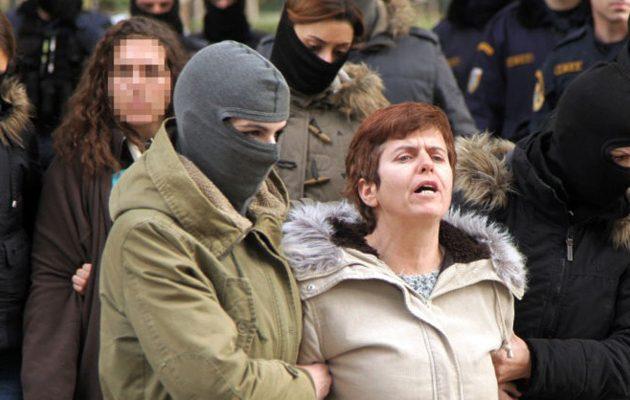 Η Ρούπα καταγγέλλει σχέδιο δολοφονίας της μέσα στη φυλακή