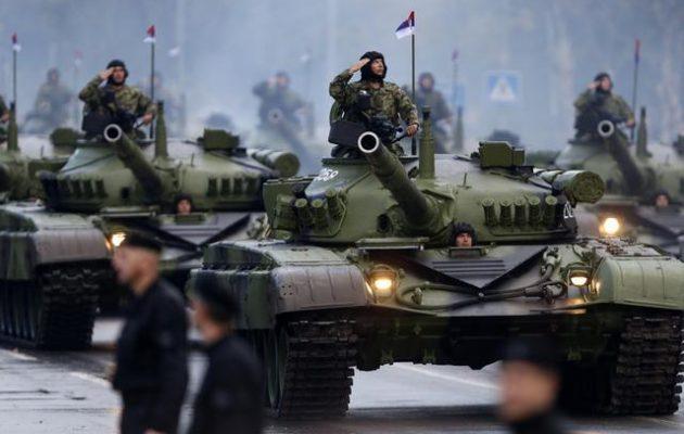 Η Ρωσία εξοπλίζει σαν αστακό τη Σερβία – Οι Κοσοβάροι φοβούνται νέο πόλεμο