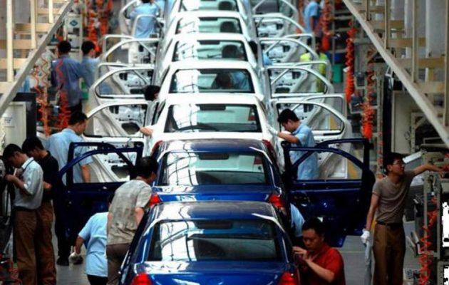 Συγχώνευση έχουν στα «σκαριά» δύο μεγάλες αυτοκινητοβιομηχανίες