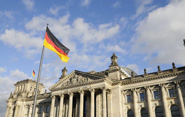 Ο κορωνοϊός βυθίζει τη γερμανική οικονομία σε ύφεση ρεκόρ