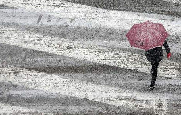Επιδείνωση του καιρού το Σάββατο με βροχές, χιόνια και πτώση θερμοκρασίας