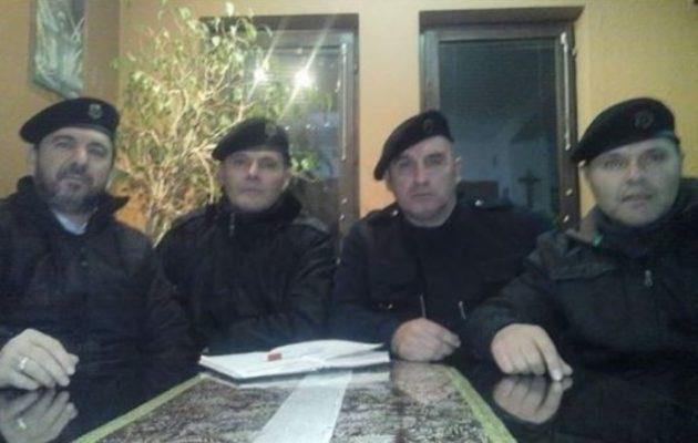 """Προς εμφύλιο τα Σκόπια; Ο Γκρουέφσκι """"διέταξε"""" συγκρότηση παραστρατιωτικών ομάδων"""