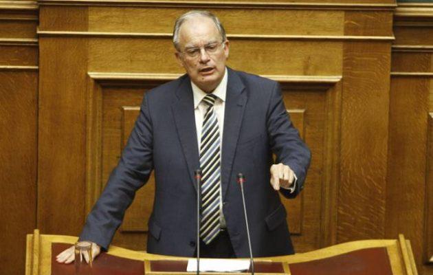 Έντονες αντιδράσεις για τη δήλωση Τασούλα: Διαφωνώ ότι ο Μπελογιάννης αγωνίστηκε για τη Δημοκρατία