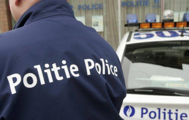 Θρίλερ: Συνελήφθη οδηγός ΙΧ που επιχείρησε να πέσει πάνω στο πλήθος στην Αμβέρσα