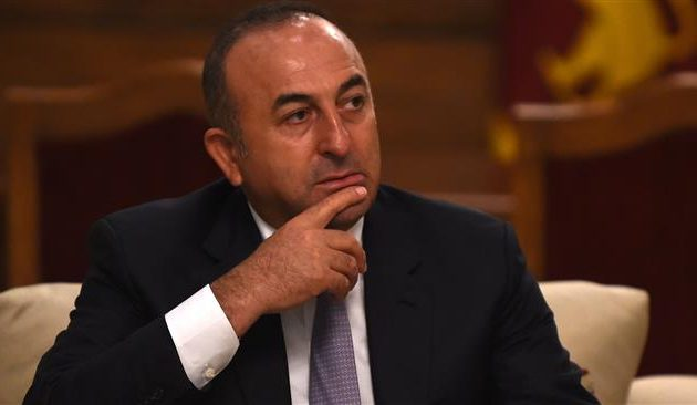 Με εξωτερική πολιτική του «ψυχιατρείου» απαντά ο Τσαβούσογλου στο Κυπριακό