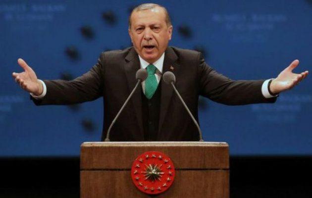 Τρελάθηκε ο  Ερντογάν γιατί οι οίκοι αξιολόγησης έχουν την Ελλάδα πάνω από την Τουρκία