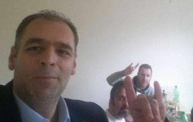 """Το ΠΑΣΟΚ στέλνει στο πειθαρχικό για διαγραφή τον """"Γκρίζο Λύκο"""" περιφερειακό του σύμβουλο"""