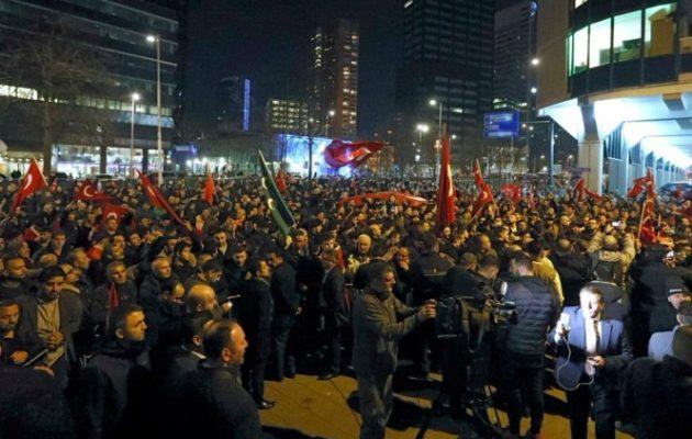 """Η Τουρκία """"απέλασε"""" τον Ολλανδό πρεσβευτή στην Άγκυρα"""