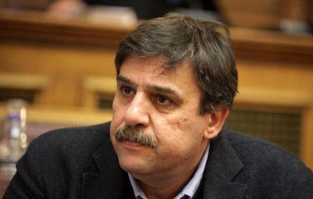 Ο Ξανθός ζητά εξηγήσεις από τον Κικίλια μετά τις καταγγελίες για διπλό σύστημα καταγραφής κρουσμάτων
