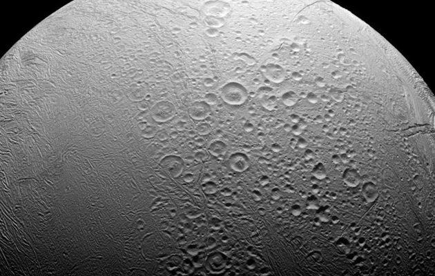 Επίσημη ανακοίνωση της NASA: Εξωγήινη ζωή στο φεγγάρι του Κρόνου (φωτο+βίντεο)