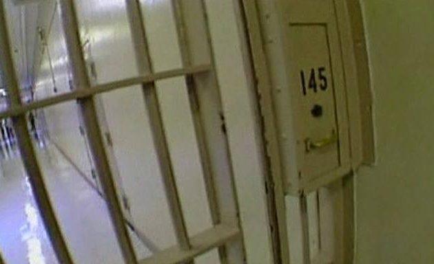 Απάνθρωπο: Κρατούμενος πέθανε από δίψα γιατί οι φύλακες έκοψαν το νερό στο κελί του