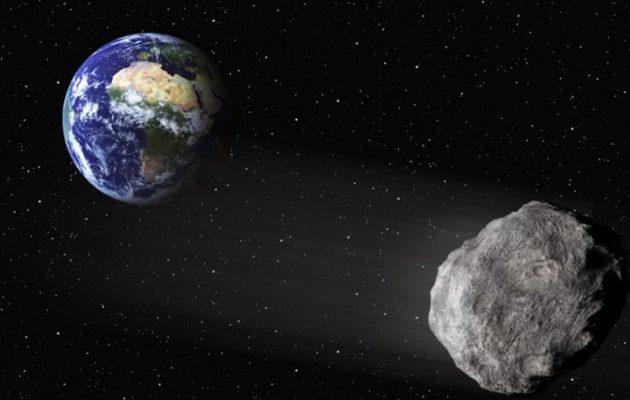 """Ο αστεροειδής """"βράχος"""" θα περάσει την Τετάρτη """"ξυστά"""" από τη Γη"""