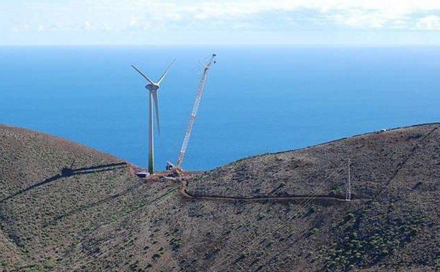 """ΔΕΔΔΗΕ και ΡΑΕ ψάχνουν για ένα """"έξυπνο"""" νησί του Αιγαίου που θα γίνει ενεργειακά αυτόνομο"""