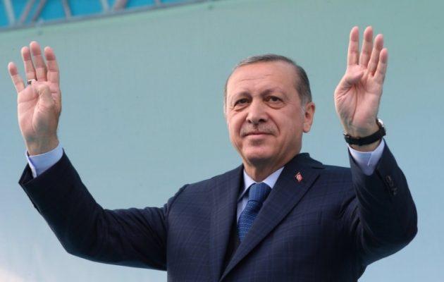 """Το «τερμάτισε"""" ο Ερντογάν: Όσοι ψηφίσουν «όχι"""" στο δημοψήφισμα δεν θα πάνε στον παράδεισο!"""