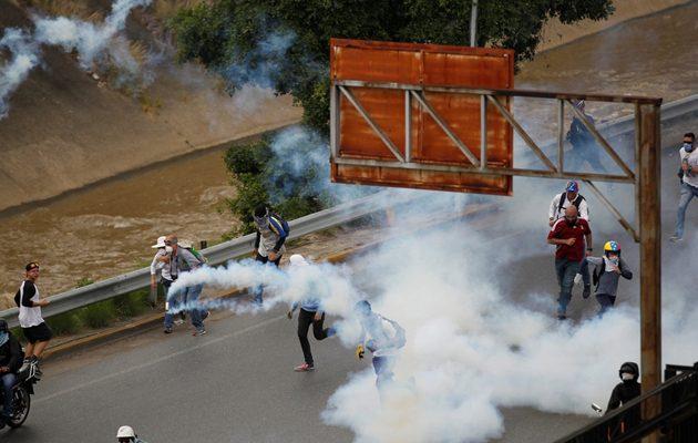 Χάος στη Βενεζουέλα: Εννέα  οι νεκροί στις διαδηλώσεις κατά του Μαδούρο