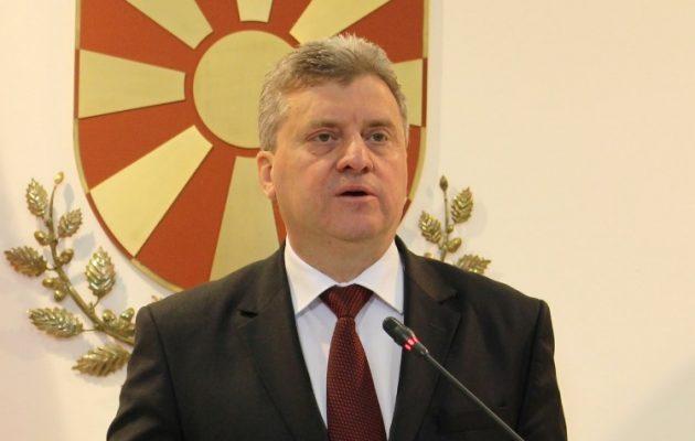 Ο Ιβάνοφ αρνείται να υπογράψει την αναγνώριση της αλβανικής ως επίσημης γλώσσας των Σκοπίων