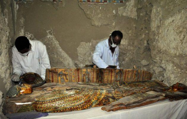 Έξι μούμιες και σπουδαία ευρήματα σε τάφο στην Κοιλάδα των Βασιλέων (φωτο)