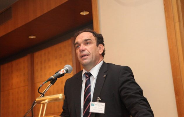 Σάλος με αντιεθνικό σχόλιο πρώην γαλάζιου δημάρχου για τον τελικό του Κυπέλλου
