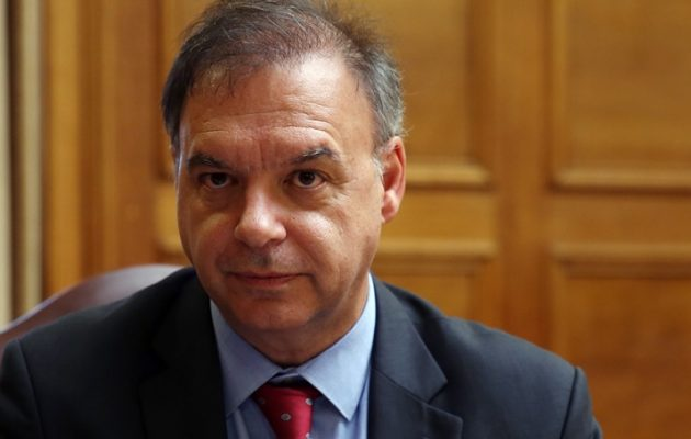 Ο Λιαργκόβας «απειλεί» με κούρεμα καταθέσεων εάν δεν προχωρήσουν οι πλειστηριασμοί