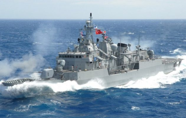 Τουρκική πρόκληση με βρετανικό πολεμικό πλοίο ανοιχτά της Καρπάθου
