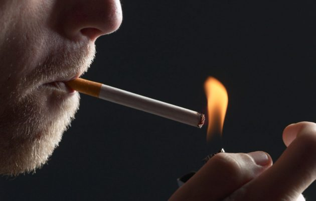 Ξεκινούν οι καταγγελίες για κάπνισμα στο 1142